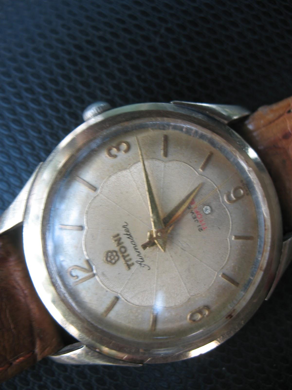 toko-jam.com on toko jam tangan antik: titoni airmaster gold top (sold)