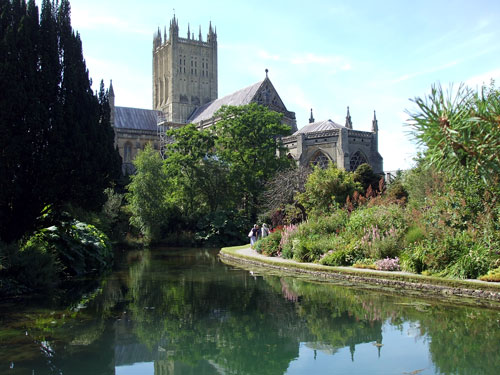 Wells Cathedral, St Andrew, Somerset, about Britain
