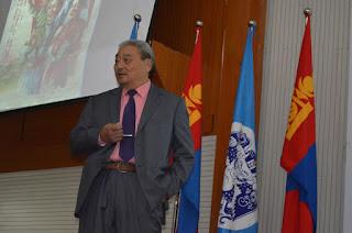 МУ-ын гавьяат багш Д.Ламжав: Ард нийтийн санал асуулга буюу референдум (referendum) ойлголт