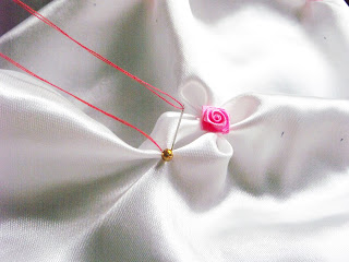 طريقة خياطة وسادة بغرز السموك