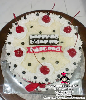 Blackforest Keju Birthday Cake