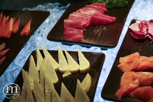 Tamago, kani, tuna, salmon sashimi