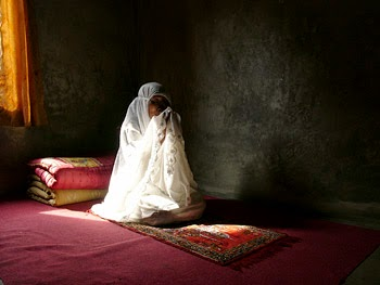 Kavita, wanita berasal dari keluarga Hindu Ekstrim yang Masuk Islam