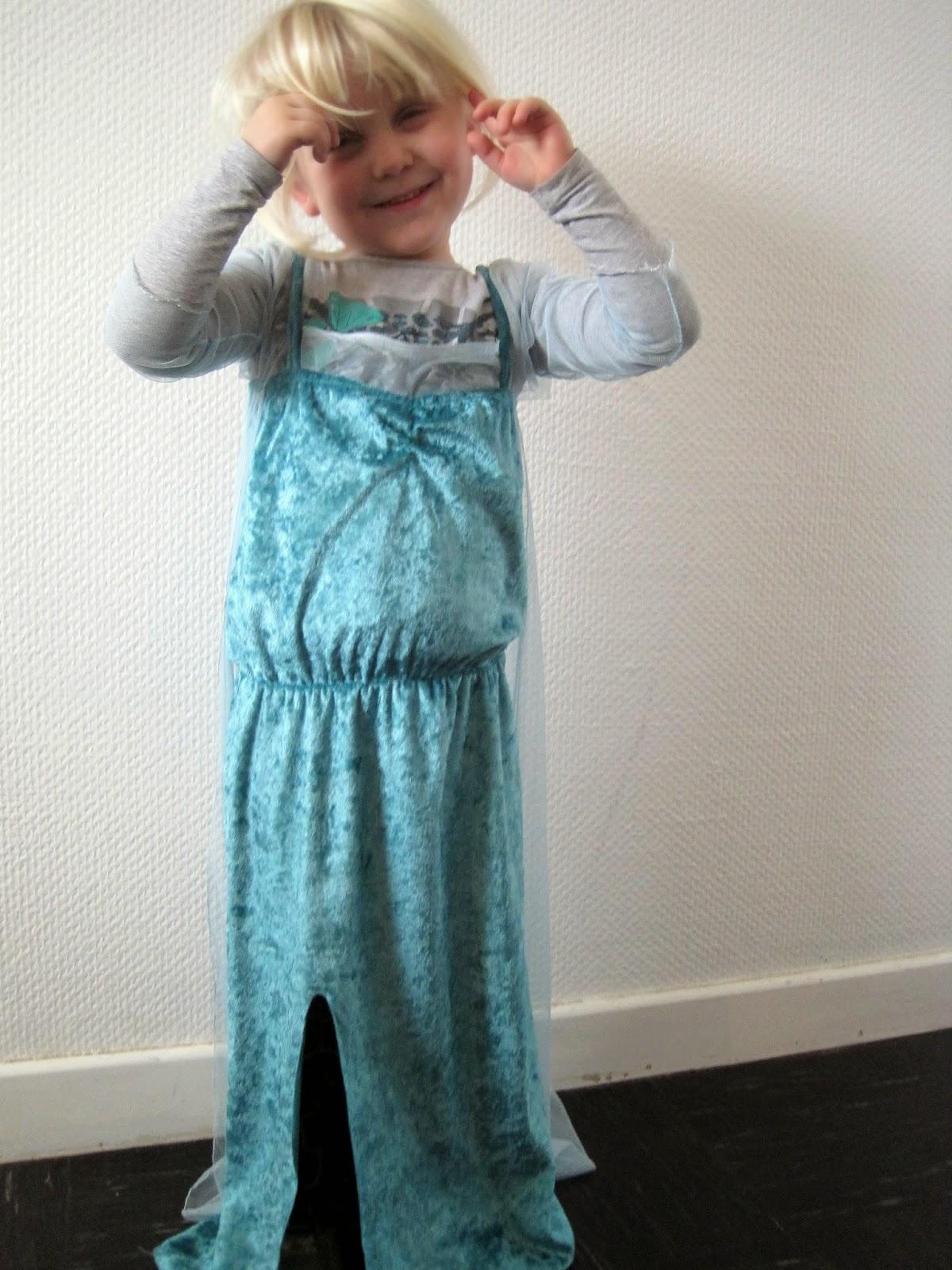 Mrs Lolli's Kjole sy Elsa Selv gUHgw7q4