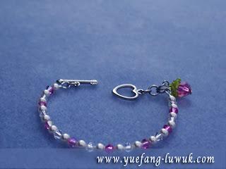 Swarovski_crystal_rose_bracelet