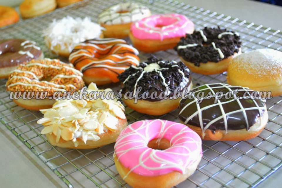 ASSORTED DONUT