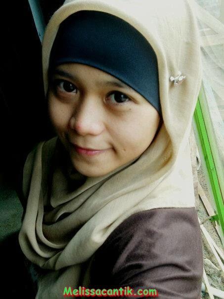 Foto Gadis Muslimah Berjilbab Parasnya Cantik