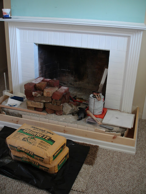 Diy fireplace mantel and hearth makeover fox hollow cottage we solutioingenieria Gallery