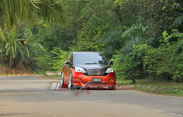 Modifikasi Mobil Honda CRV Blackxperience.com