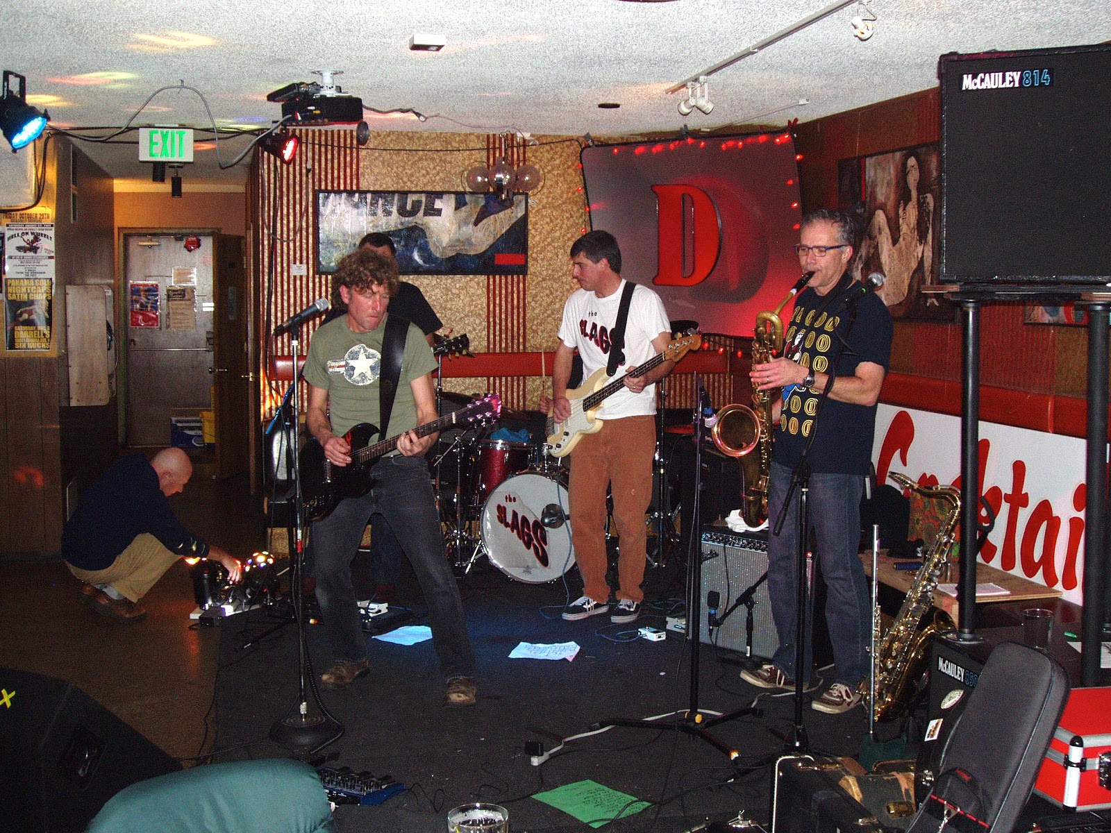 Live Seattle Music In The Clubs The Slags Smoking Bill