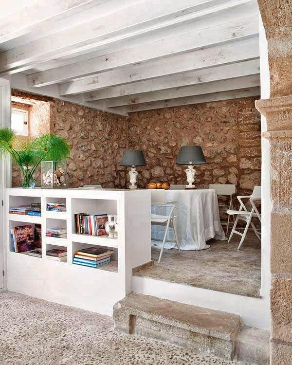 El encanto de una villa con sabor mediterraneo oasisingular for Cocinas rusticas mallorquinas