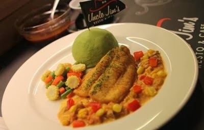 Uncle Jim's Resto dan Cafe