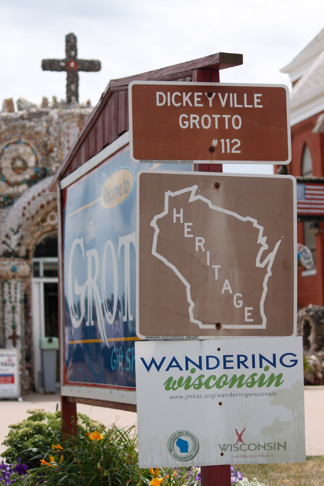 dickeyville muslim Fifteen people - the fundamentalist muslim cleric sheik omar abdul rahman and 14 of his followers were indicted for the bombing fun things to do in dickeyville.