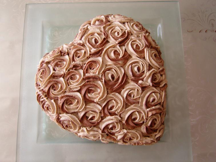 Schokoladen-Zimt-Sahne-Torte