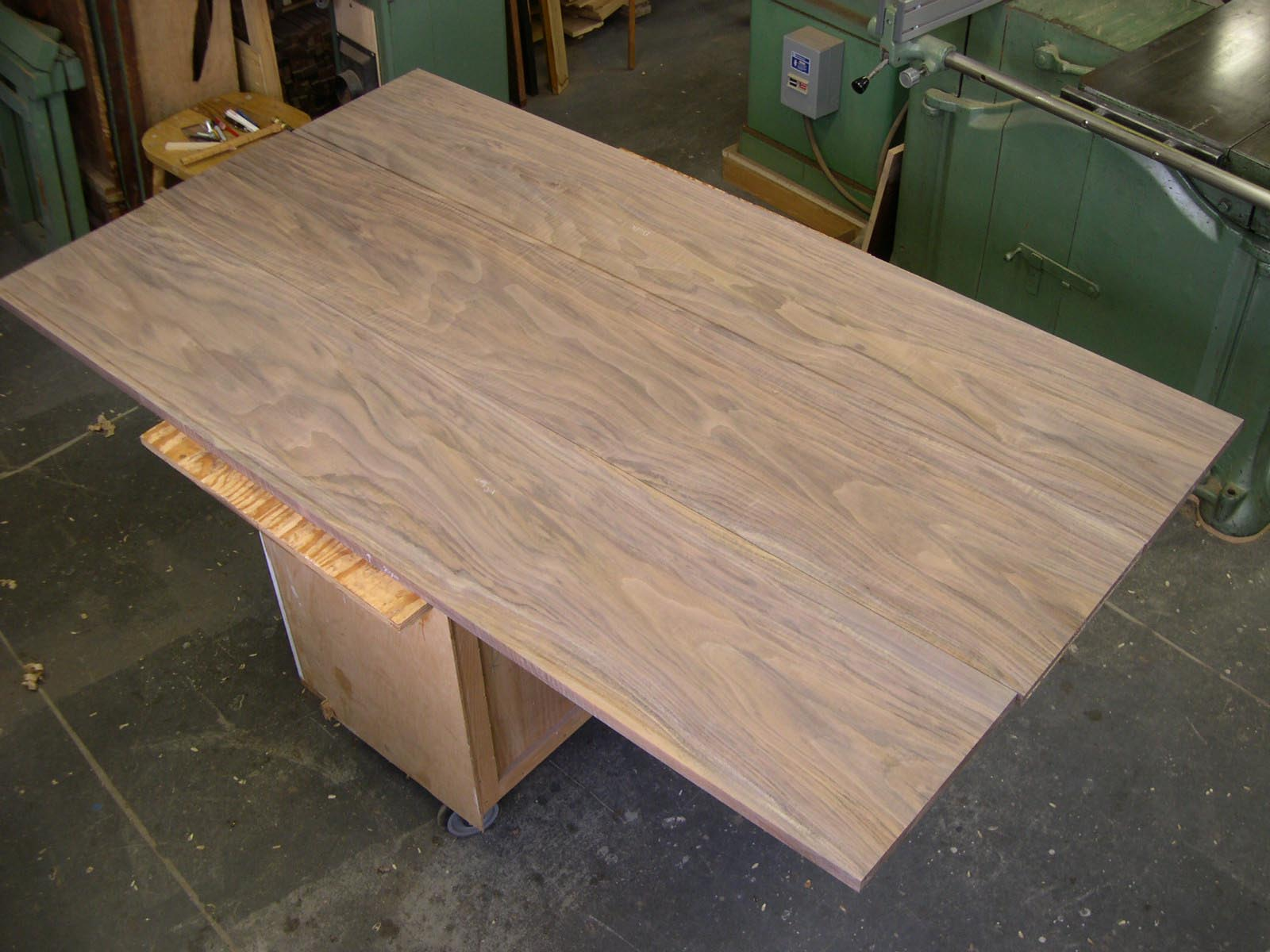 Sauer & Steiner: Gluing up the dining table top