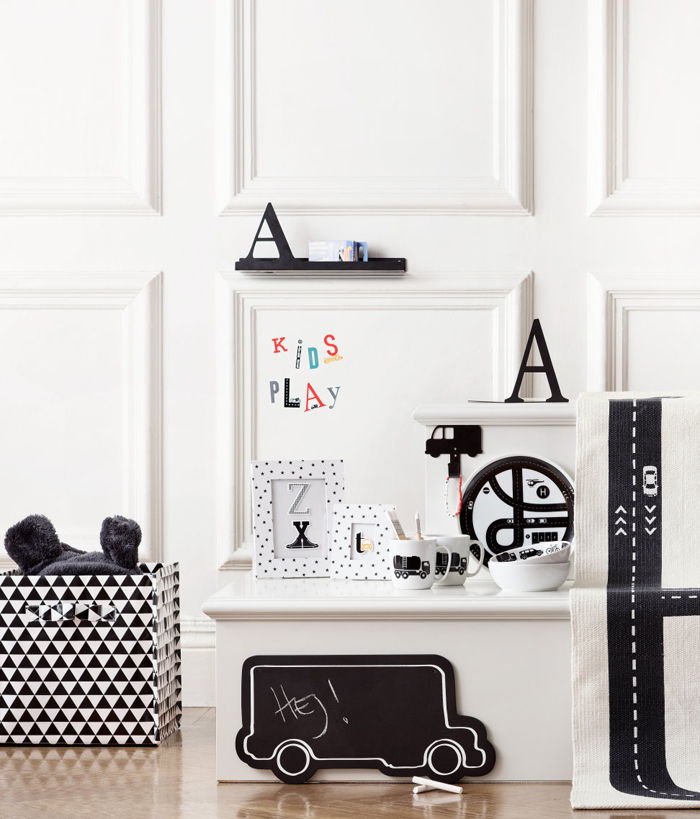 black& white in children's rooms H&M kids collection