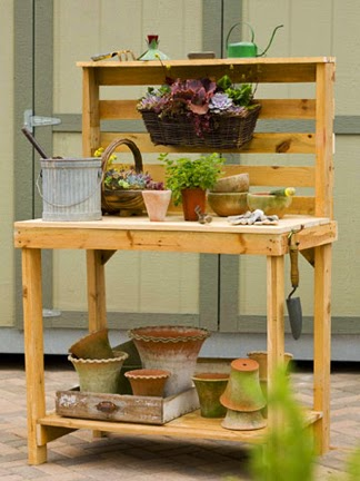20 Perfect Pallet Projects