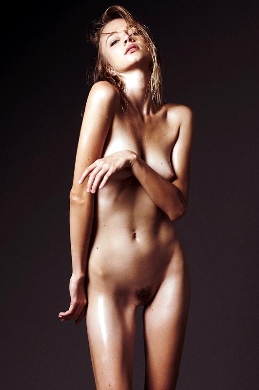 sjokz naked