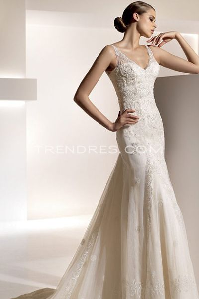 Petite wedding gowns enter your blog name here for Wedding dress for petite women