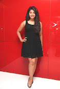 anjali sizzling photos in black-thumbnail-17