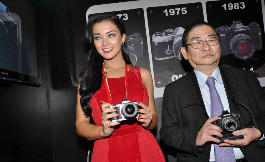 amy jackson launch olympus camera latest photos