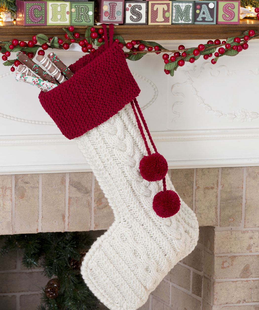 Knit Christmas Stocking Pattern With Name : The Knitting Needle and the Damage Done: A Run of Christmas Stockings