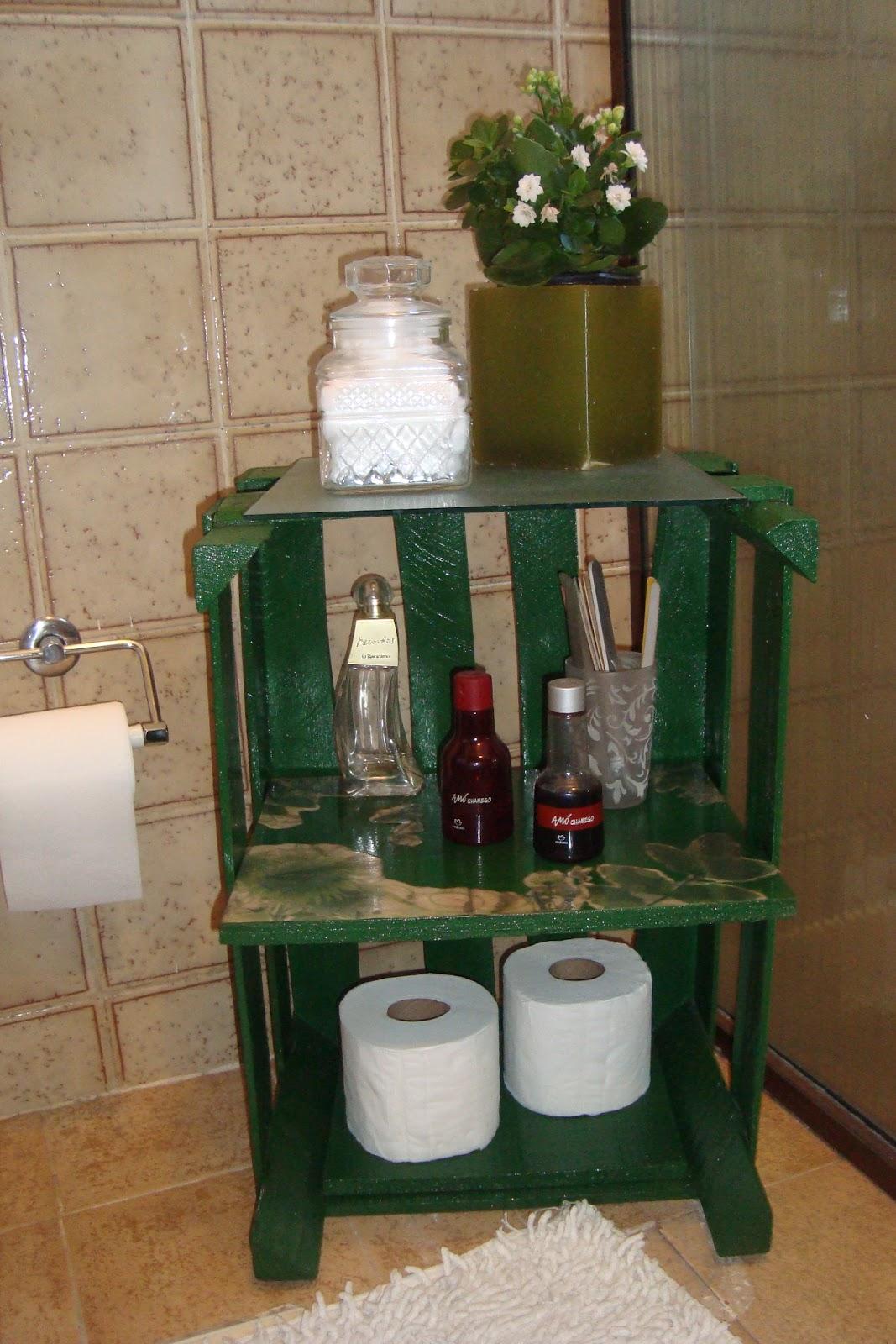 ReciclArte Caixa de feira = armarinho para banheiro -> Armario De Banheiro Com Caixa De Feira