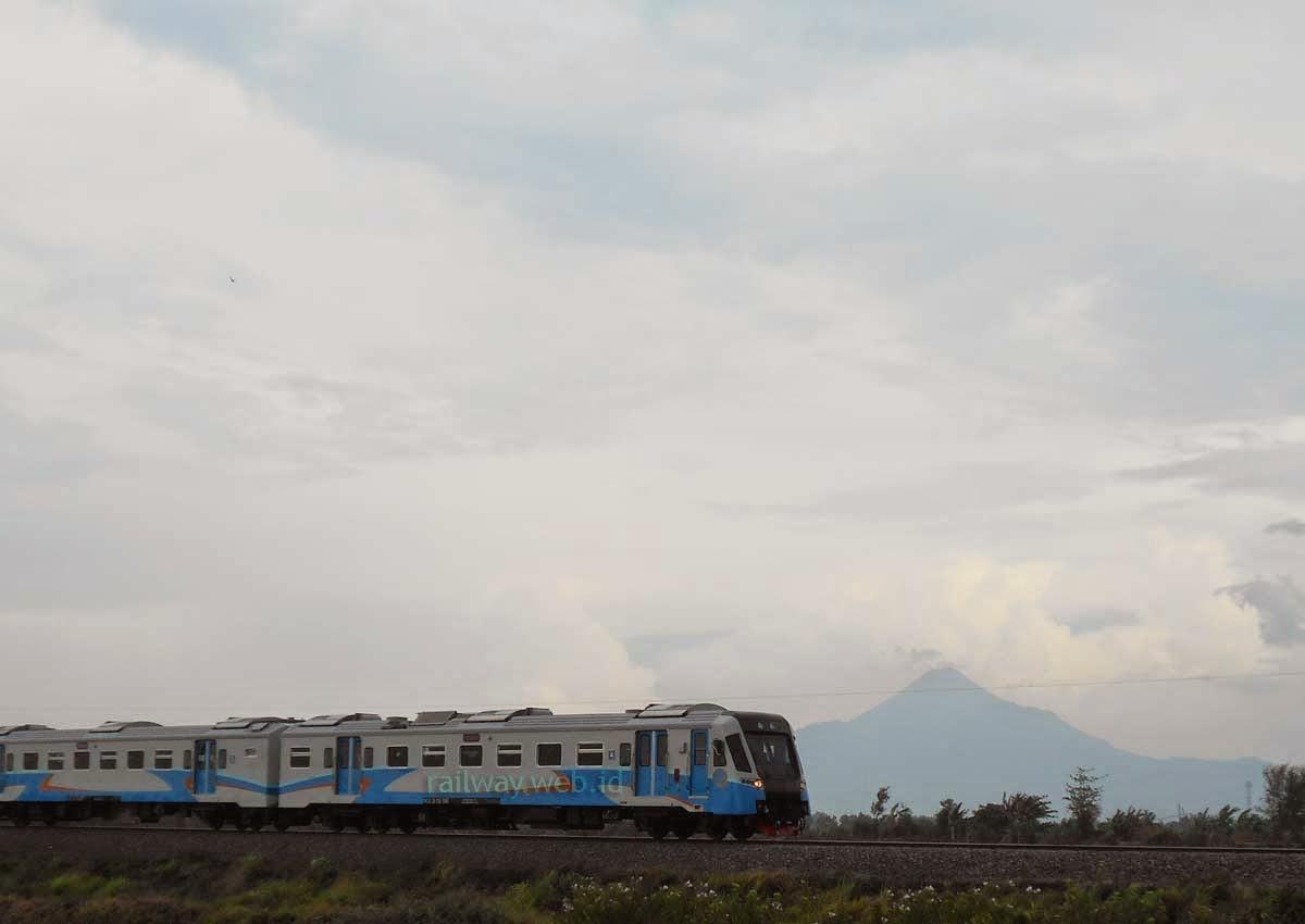railbus bhatara kresna