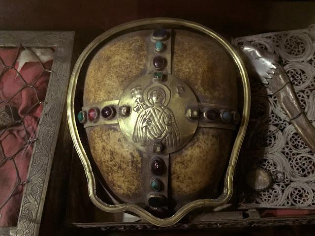 Η κάρα της αγίας Παρασκευής, αδελφής της αγίας Φωτεινής της Σαμαρείτιδος http://leipsanothiki.blogspot.be/