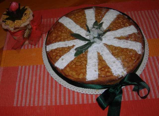 riciclo, riuso, smaltimento - la crostata con le bolle (frolla ripiena di ricotta amaretti e mandorle)