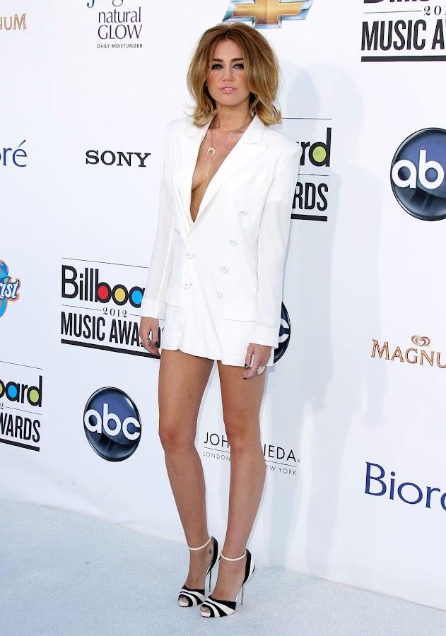 Miley Cyrus hot photo