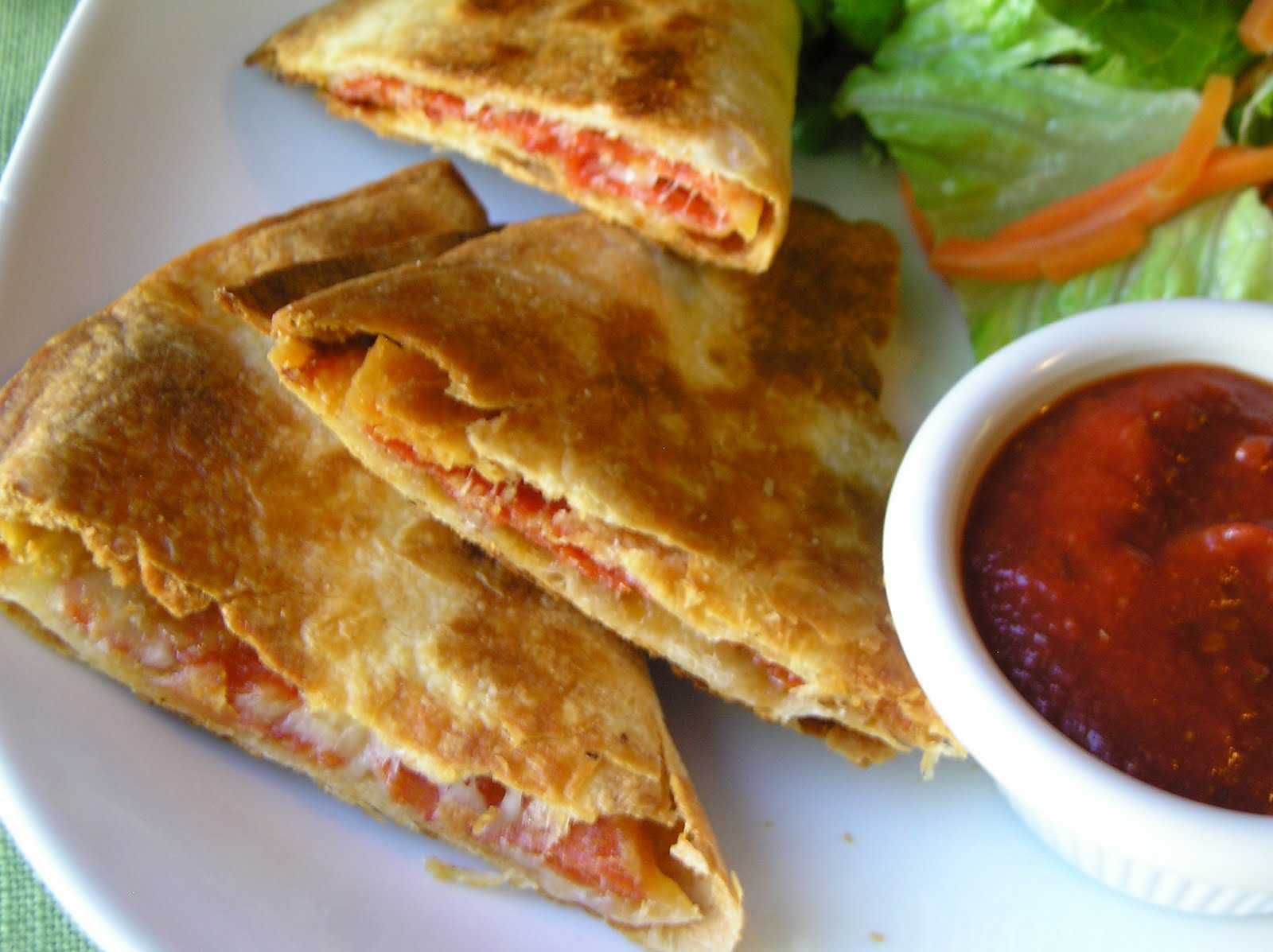 Pepperoni Pizzadillas ~ Edesia's Notebook