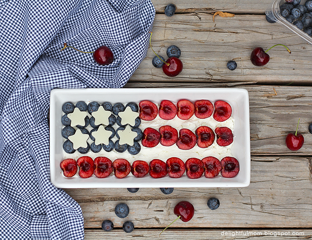 American Flag Fruit and Cheese