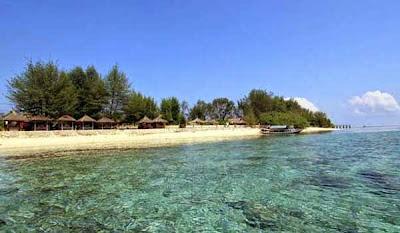 http://gallery-wisata.blogspot.com/2015/05/wisata-di-pulau-lombok-yang-menarik-dan-wajib-dikunjungi.html