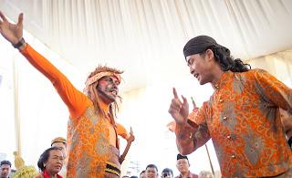 begalan, pernikahan, adat, seni, budaya, banyumasan, jawa tengah, visit jateng