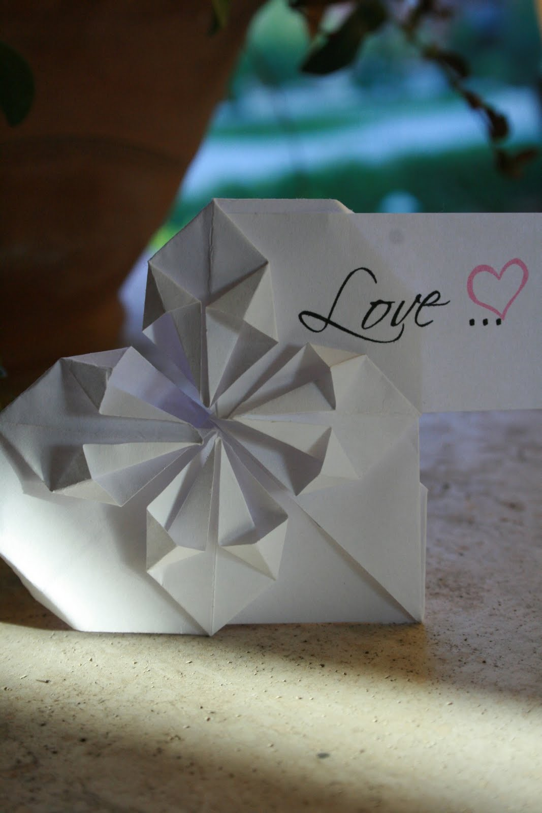Matrimonio Tema Origami : Pink frilly origami matrimonio