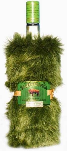 Zubrowka+Fur+Bottle+With+Label.jpg