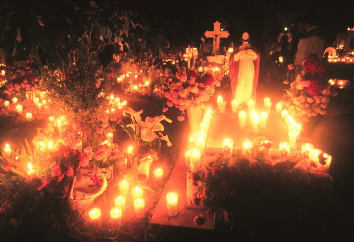 Noche Muertos en Tzintzuntzan
