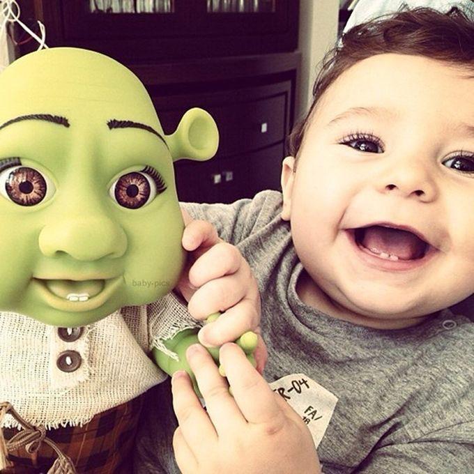 Дети которые очень похожи на свои куклы (15 фото)