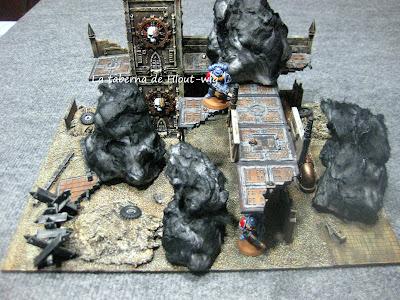 Ruinas imperiales incendiadas.