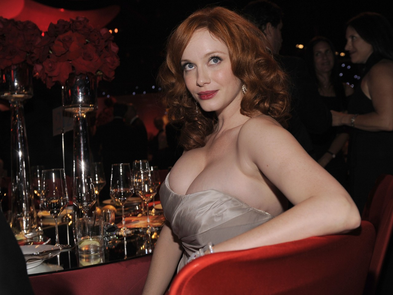 MILFs..de 35 a 45. - Página 4 Christina+Hendricks+Workout+and+Diet+2