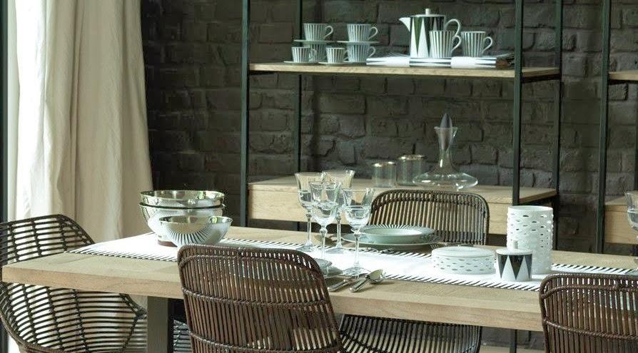 vision d co by sofia chez blanc d 39 ivoire le bois contemporain. Black Bedroom Furniture Sets. Home Design Ideas