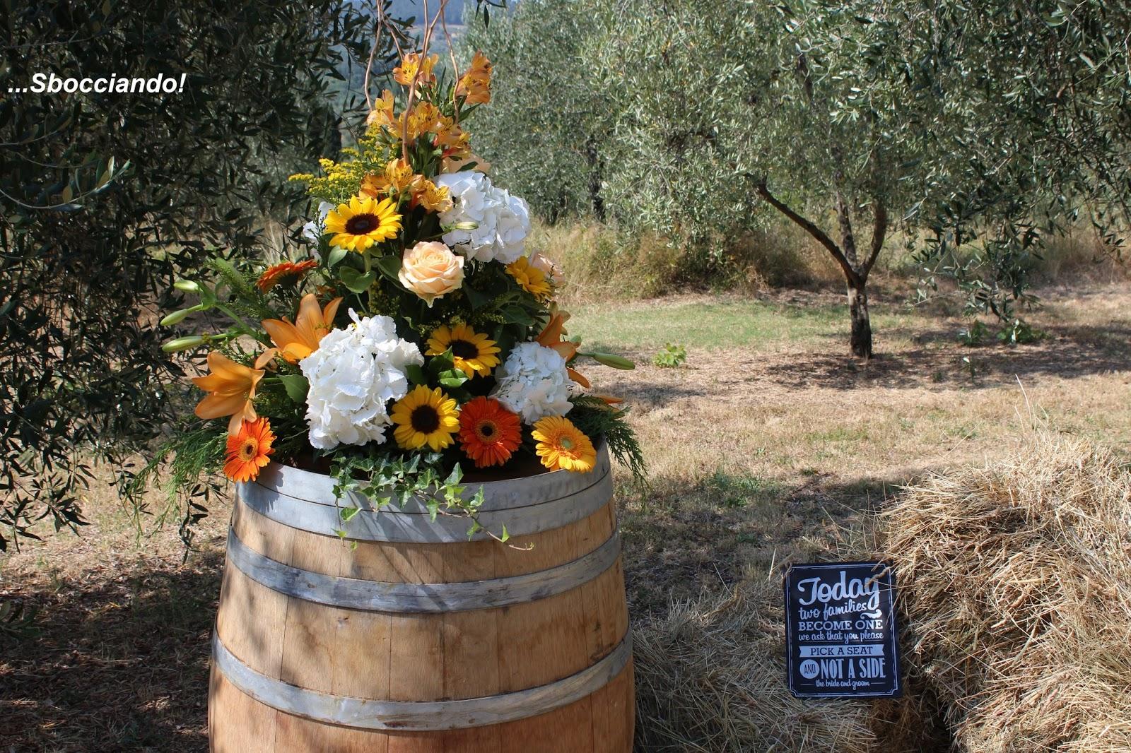 Matrimonio Tra Gli Ulivi Toscana : Sbocciando country wedding nella campagna toscana