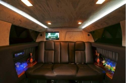 Nội thất Limousine Chrysler C300