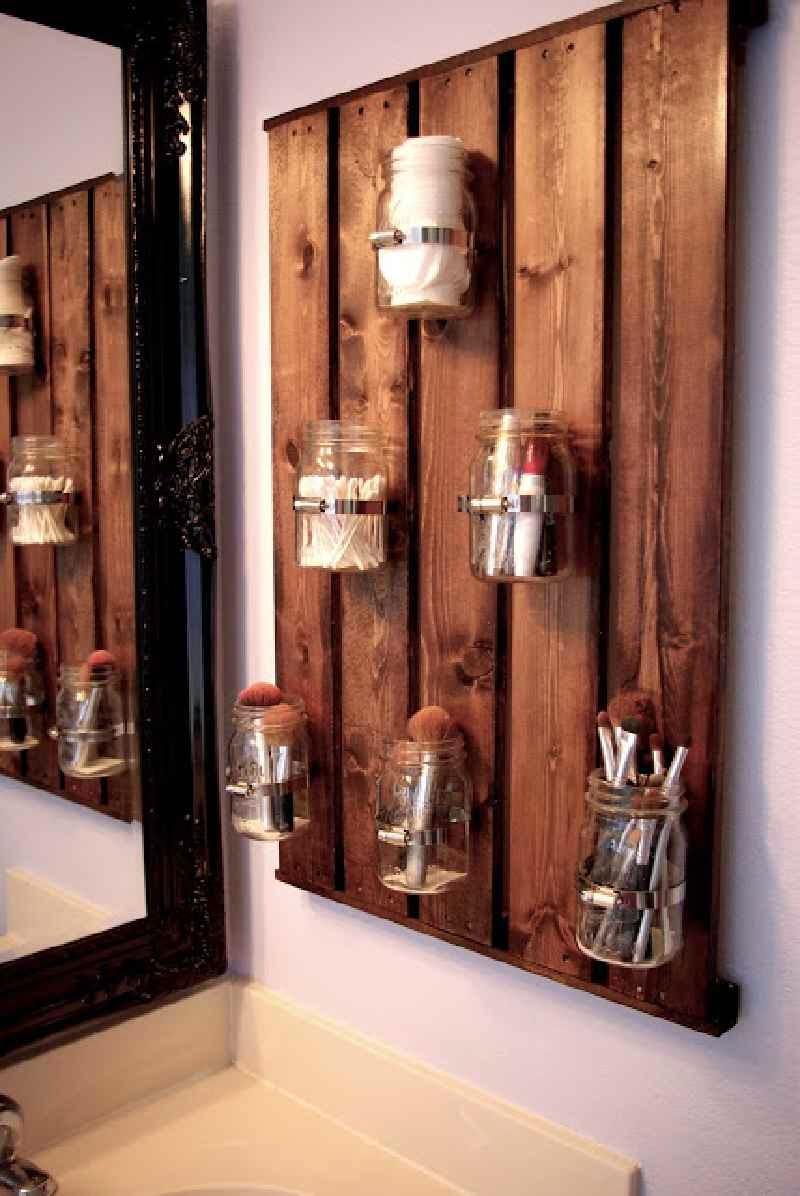 ahora ya podis disfrutar de vuestro mueble hecho con un slo palet ideal para organizar vuestros utensilios de bao