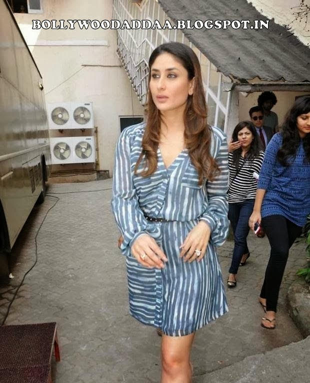 Kareena Kapoor hot legs show