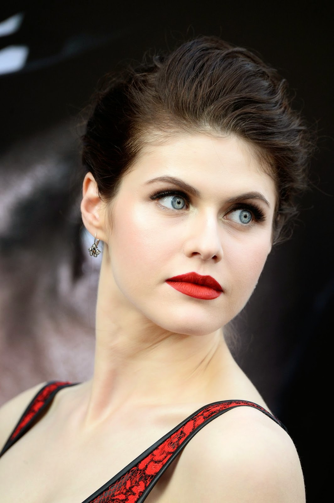 Arts Cross Stitch Model Actress Alexandra Daddario