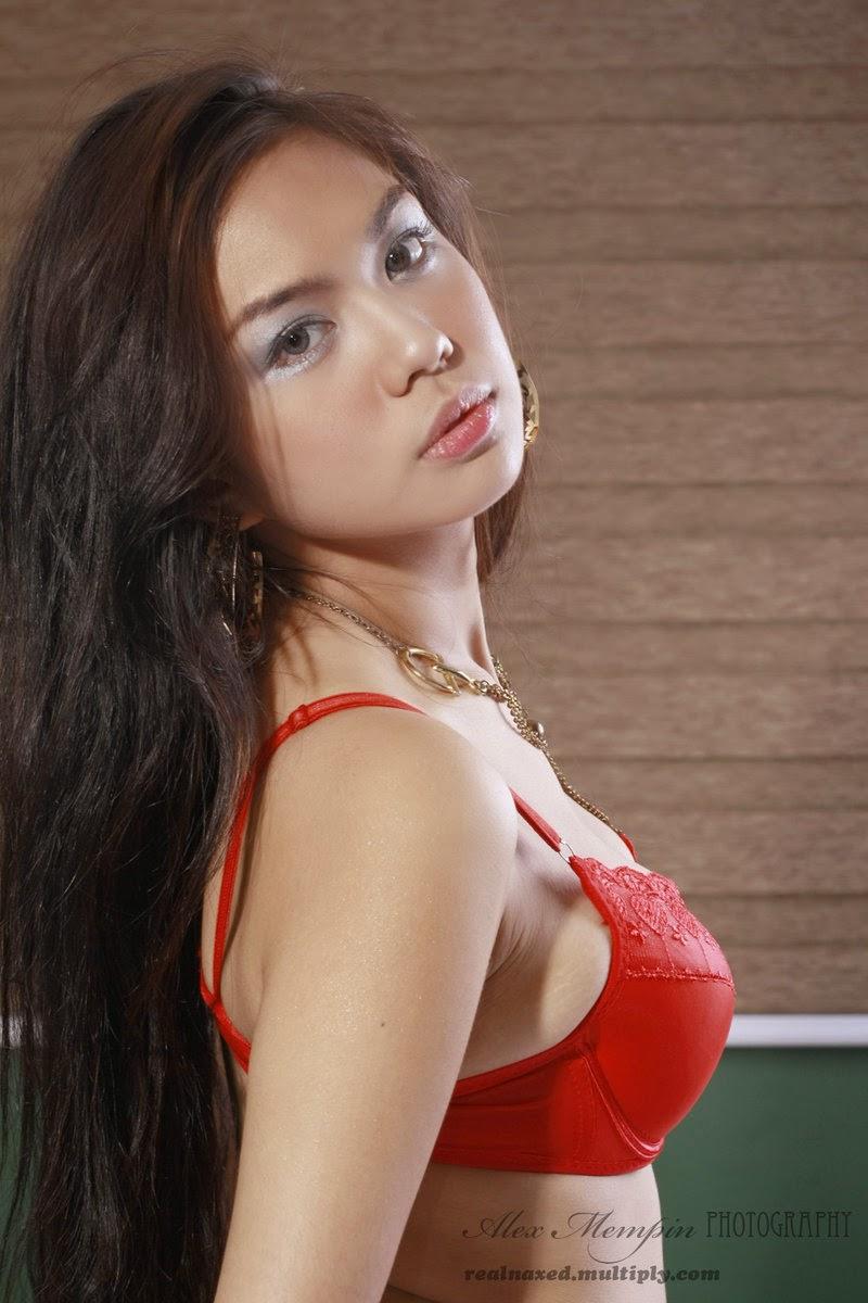 jahziel manabat hot red bikini pics 05