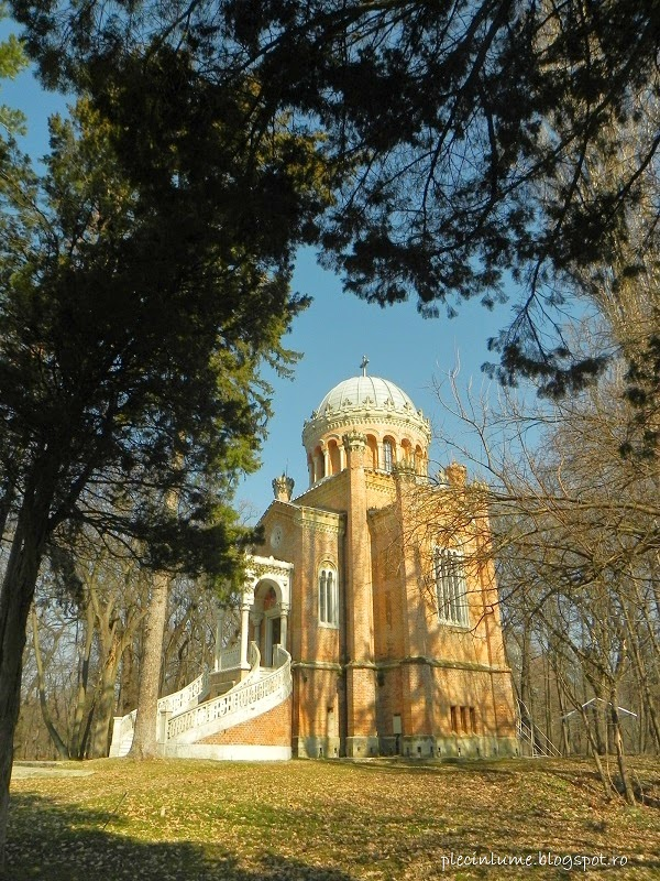 Capela Sfanta treime domeniul Stirbei