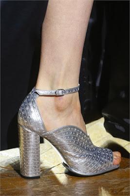 DriesVanNoten-aberturadelantera-elblogdepatricia-shoes-scarpe-chaussures-zapatos